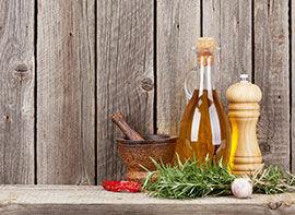 Chiliöl mit Rosmarin und Knoblauch