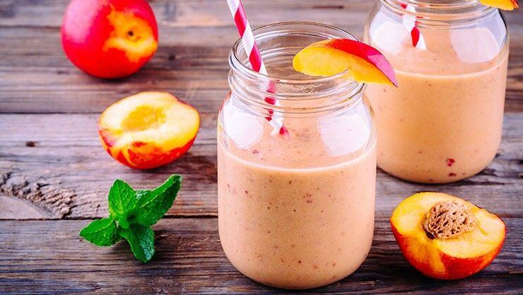 Erfrischender Pfirsich-Shake